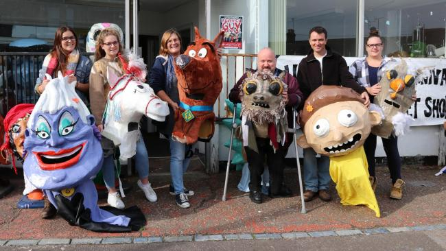 BIG HEADS: left to right: Laura Taylor, Bethany Taylor, Wendy Taylor-Jones, Andy Milne, Chris Root and Rebecca Taylor - Harwich Guy Carnival Big Head and Bucket Shop. Picture: Maria Fowler