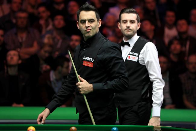Ronnie O'Sullivan (left) and Mark Selby