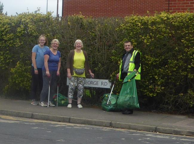 litter pick king george road colchester
