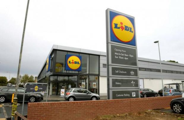 Harwich and Manningtree Standard: Lidl in Gosbecks Road, Colchester