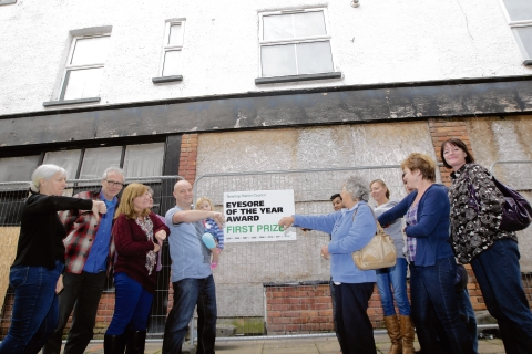 Action threat for eyesore