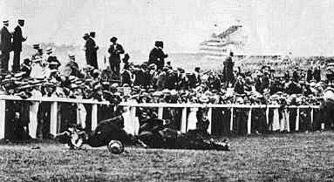 Harwich and Manningtree Standard: Emily Davison ran out in front of King George V's horse at the 1913 Epsom Derby