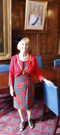 More than £6k is donated by ex-mayoress