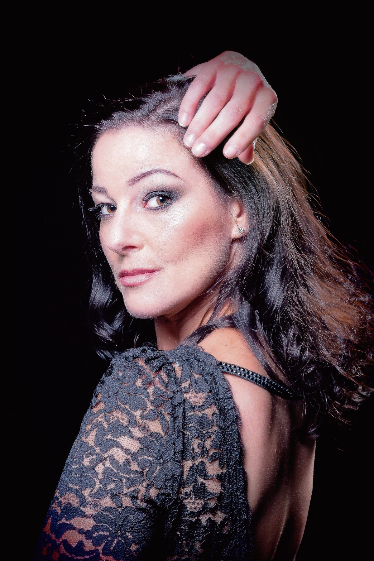 Ruthie Henshall brings her latest show home