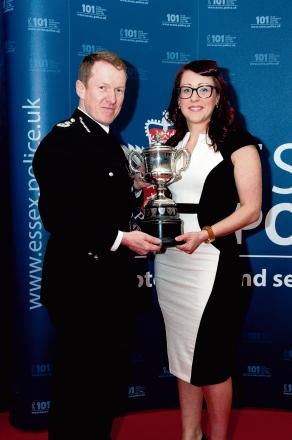 Top cop wins bravery award