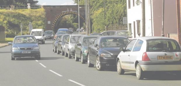 Councillors call for hour-long parking ban to ease station chaos