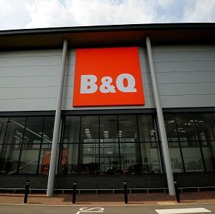 Harwich and Manningtree Standard: B&Q boss Sir Ian Cheshire voiced concern about uncertainties surrounding currency and Scotland's place in the EU in the event of a Yes vote