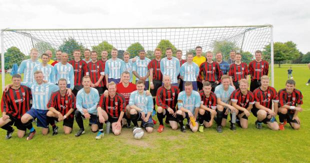 Harwich and Manningtree Standard: Players do it for Darren