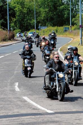 Bikers arrive to pay tribute to Kim