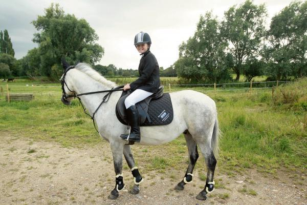 Jasmine and pony Paddie set for national championships