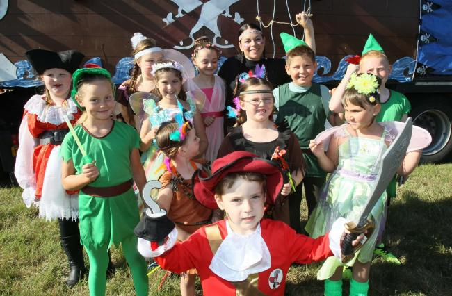 08/08/2015.Clacton carnival.Bebop stage and dance studio, Peter Pan and dance group.