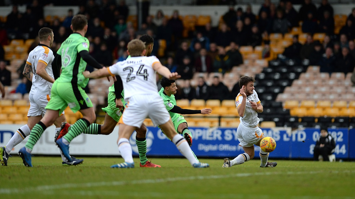 Senior moment - Courtney Senior fires Colchester United ahead at Port Vale to score on his first-ever league start for the club Picture: PAGEPIX