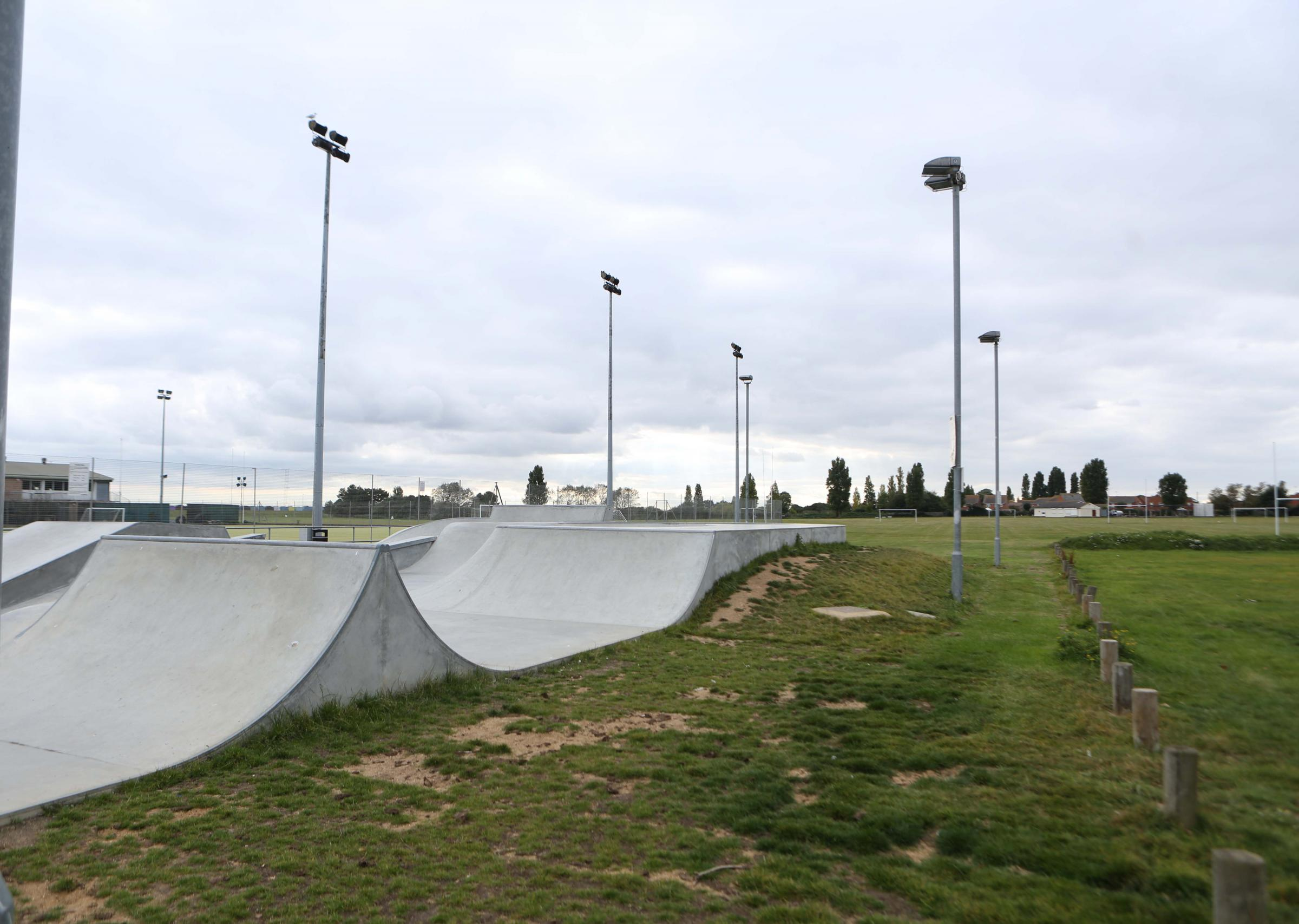 Parent warns teens are being forced to fight each other at skate park